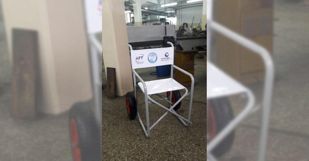 Alumnos locales presentan sillas para discapacitados en for Sillas para discapacitados
